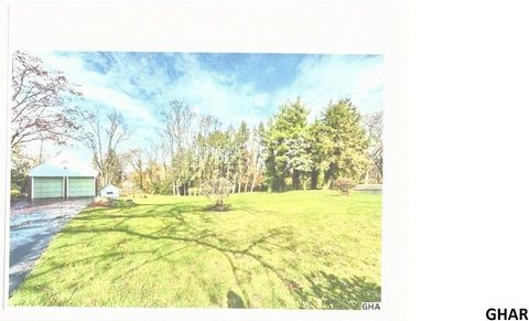 117 Westover Dr, New Cumberland, PA 17070