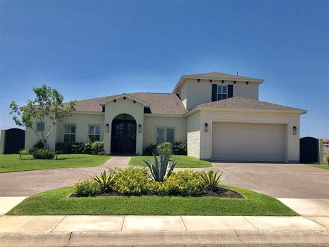 Lakeside Laredo Tx Real Estate Homes For Sale Realtorcom