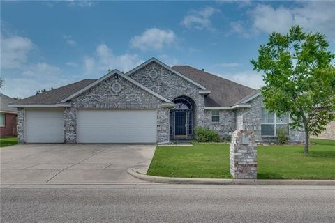 Photo of 2218 Old Foundry Rd, Weatherford, TX 76087