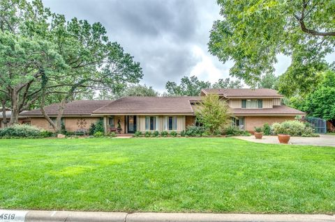 Photo of 4519 13th St, Lubbock, TX 79416