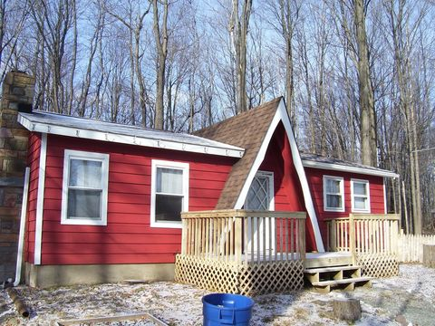 Photo of 7563 Lake Shore Dr, Pocono Lake, PA 18347