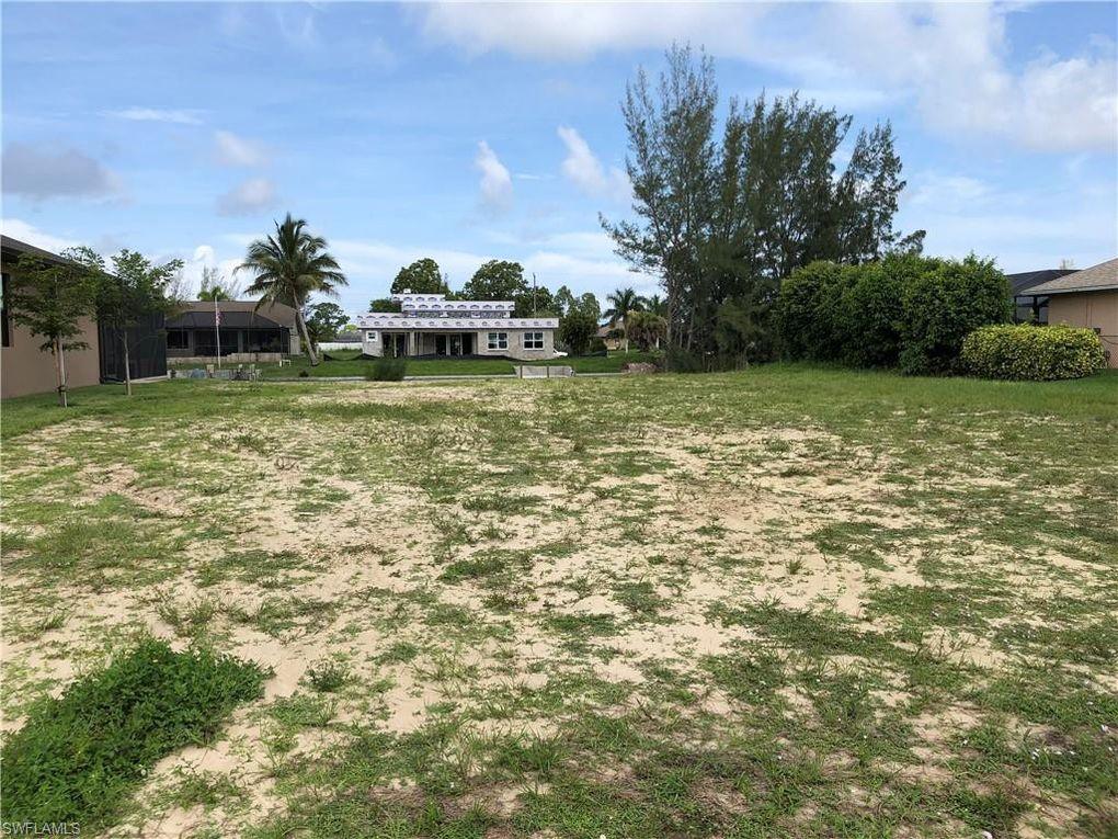 2934 SW 4th Pl Cape Coral, FL 33914