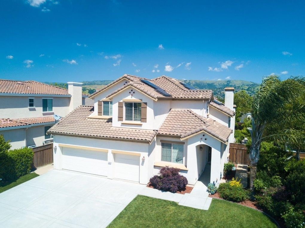 16340 Saint John Ct, Morgan Hill, CA 95037