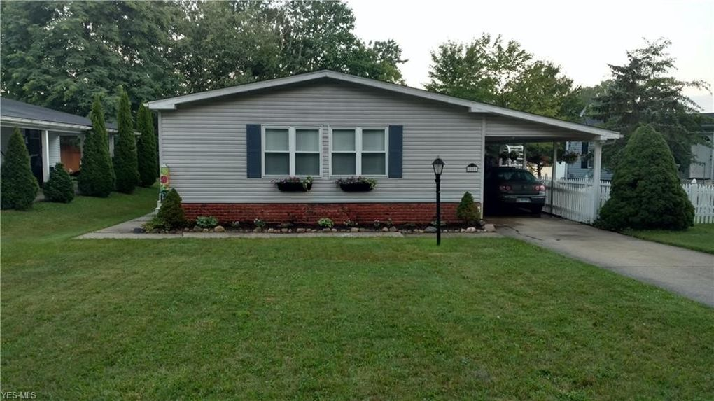28 Cardinal Dr, Troy, OH 44234