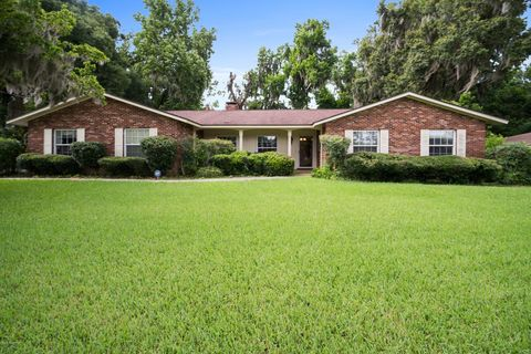 Photo of 2226 Ne 6th Pl, Ocala, FL 34470