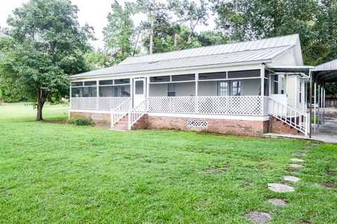 Photo of 1159 Kenwood Rd, Manning, SC 29102