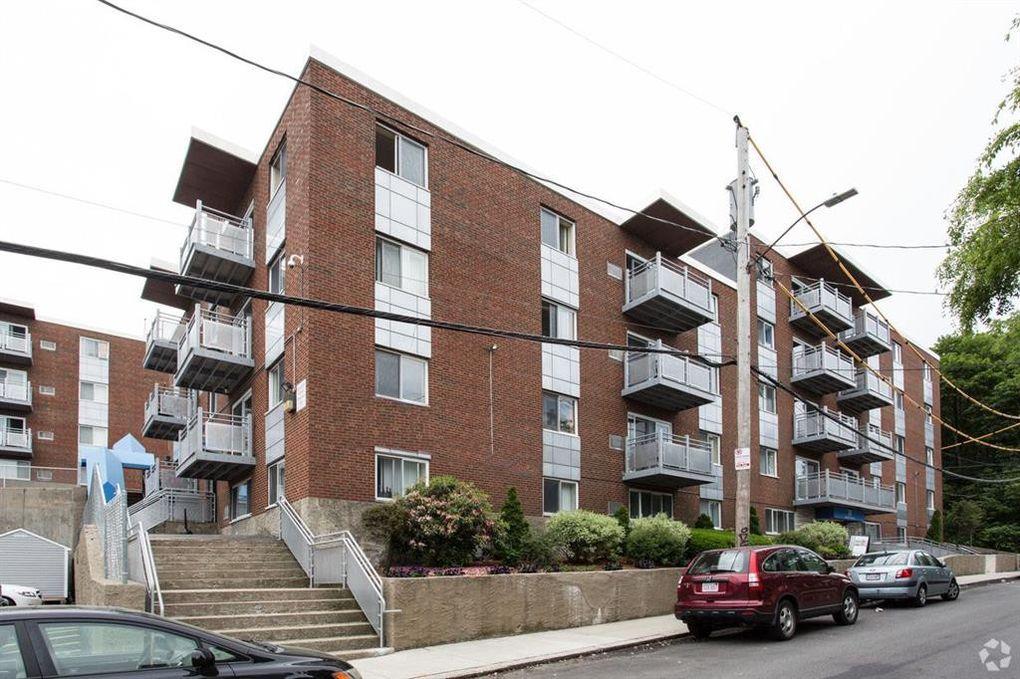 58 Creek St, Wrentham, MA 02093 - Home for Rent - realtor.com®