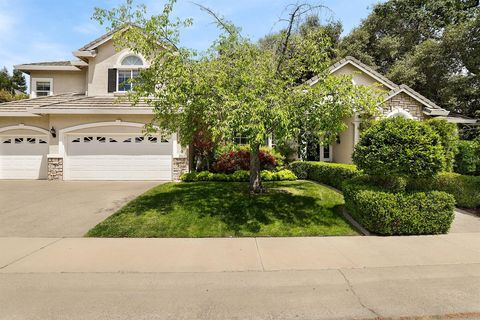 Photo of 9075 Windsock Ave, Fair Oaks, CA 95628