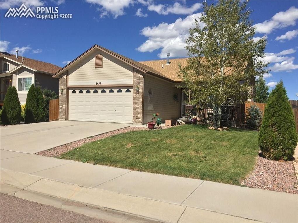 8454 Appleton Trl, Colorado Springs, CO 80925