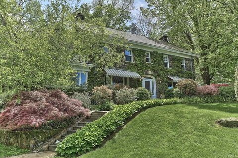 245 W Mount Airy Rd, Croton On Hudson, NY 10520