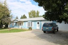 406 W 11th St, Neligh, NE 68756