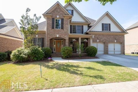 6427 Blue Water Dr, Buford, GA 30518. House for Sale
