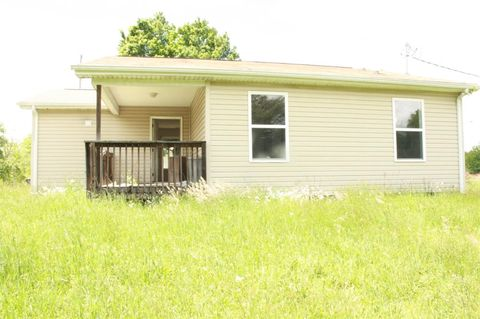 5694 W Highway 52, Beattyville, KY 41311