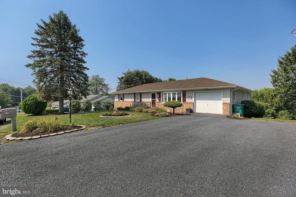 210 Glenview Ave Harrisburg Pa 17112 Realtor Com