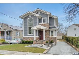 <div>194 Oldfield Ave</div><div>Hasbrouck Heights, New Jersey 07604</div>