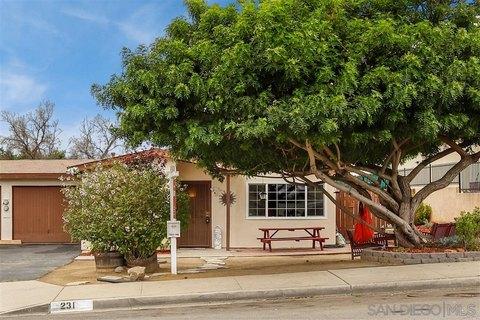 231 Hollenbeck Rd, San Marcos, CA 92069