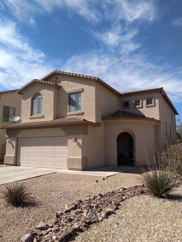 772 W Desert Basin Dr San Tan Valley, AZ 85143