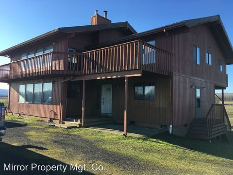 Photo of 37037 Ellis Farm Rd, Scappoose, OR 97056
