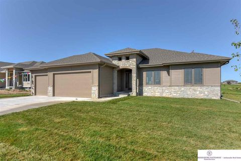 Photo of 12704 S 75th Ave, Papillion, NE 68046