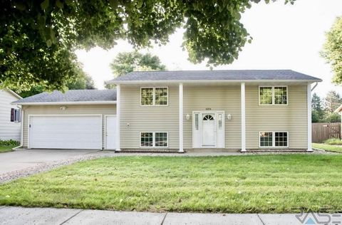 Photo of 4204 S Arden Ave, Sioux Falls, SD 57103