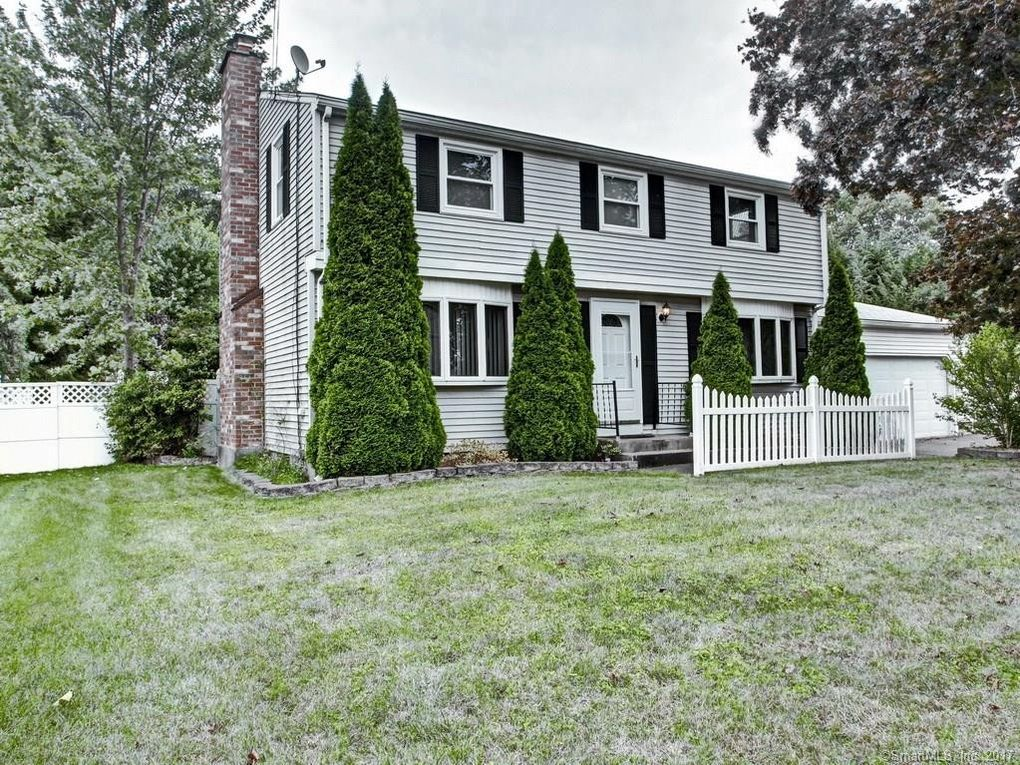 259 Abbe Rd, Enfield, CT 06082