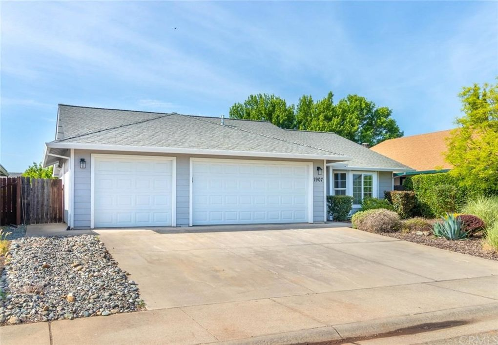 1907 Feather Ave, Oroville, CA 95965