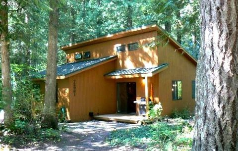 72961 E Village Loop Rd, Rhododendron, OR 97049