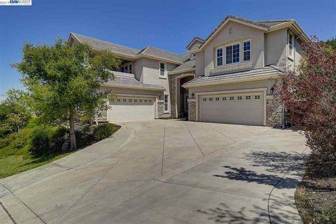 San Ramon, CA Houses for Sale with Swimming Pool - realtor com®