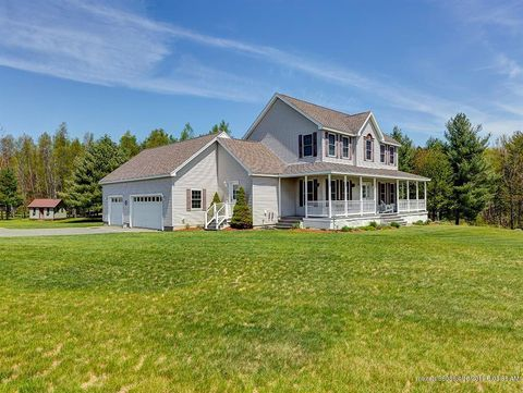 Photo of 34 Mulberry Ln, Oakland, ME 04963