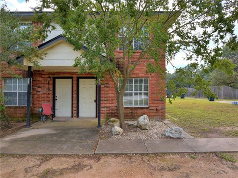Photo of 552 E Cedar St Unit 552, Bertram, TX 78605