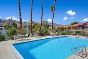 16 LA Cerra Cir Rancho Mirage, CA 92270