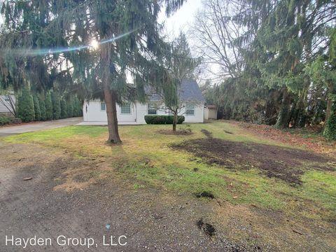 Photo of 1630 Se Oak Grove Blvd, Milwaukie, OR 97267