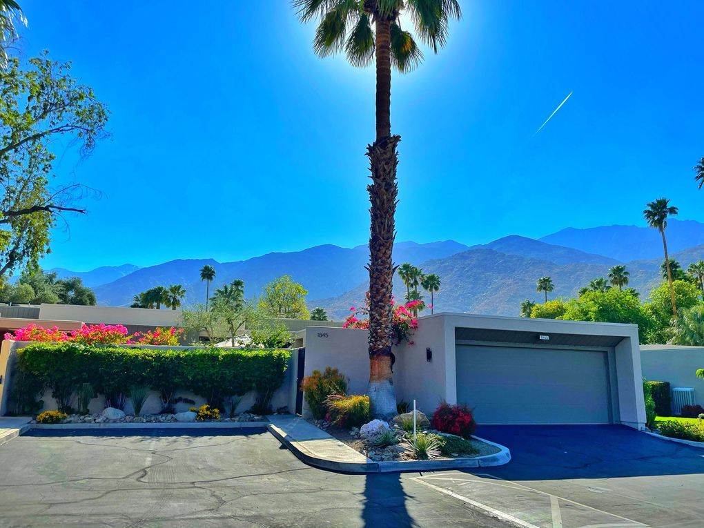 1845 S LA Paloma Palm Springs, CA 92264