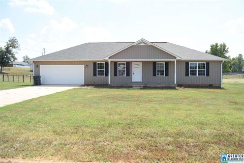 Photo of 172 Bailey Rd, Weaver, AL 36277