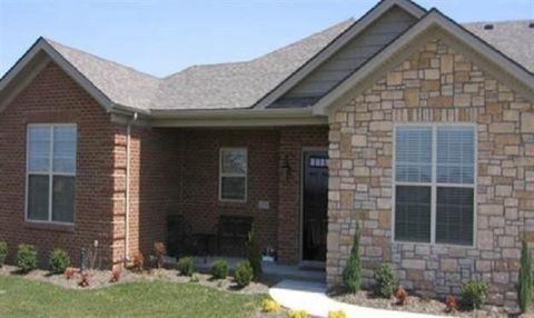 Photo of 101 Rumsey Cir Unit A, Versailles, KY 40383