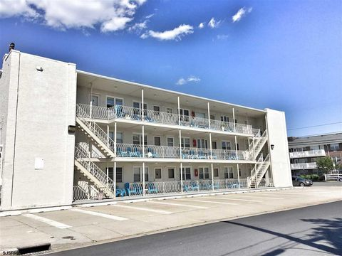 Photo of 9315 Atlantic Ave Apt 26, Margate, NJ 08402