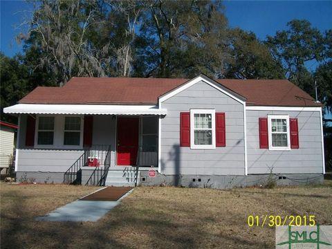 Photo of 228 W 73rd St, Savannah, GA 31405