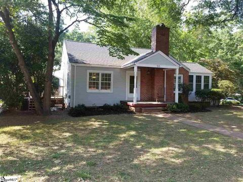 Photo of 55 E Tallulah Dr, Greenville, SC 29605
