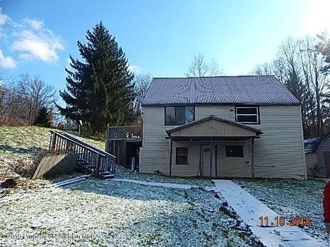 Photo of 390 Post Pond Rd, Montrose, PA 18801