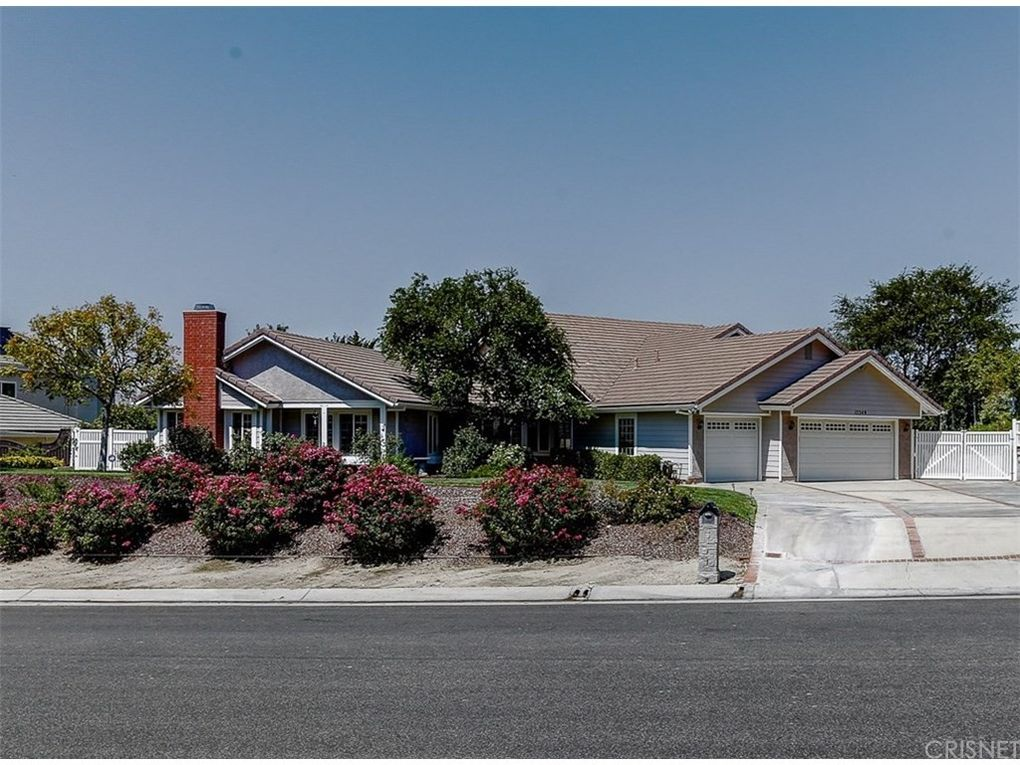 15349 Saddleback Rd, Santa Clarita, CA 91387