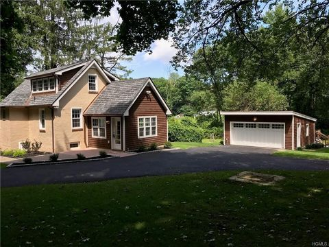 Photo of 12 Denton Lake Rd, Holmes, NY 12531