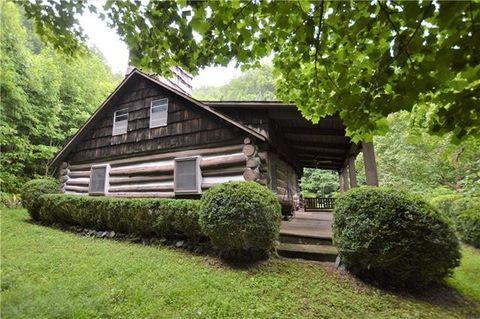 4150 Bristol Pl, Collettsville, NC 28611