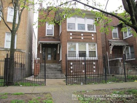 Photo of 4832 N Avers Ave Unit 1, Chicago, IL 60625