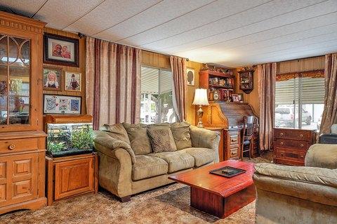 355 W Clark Ave Spc 18, Santa Maria, CA 93455