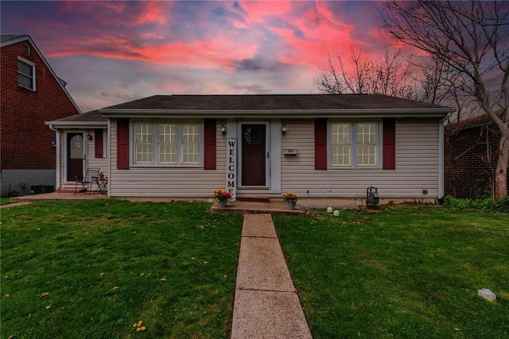 905 N 3rd St Jeannette, PA 15644
