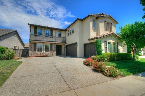 9551 Calibra Ln, Sacramento, CA 95827