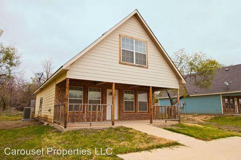 Photo of 10912 Shady Oaks Dr, Runaway Bay, TX 76426
