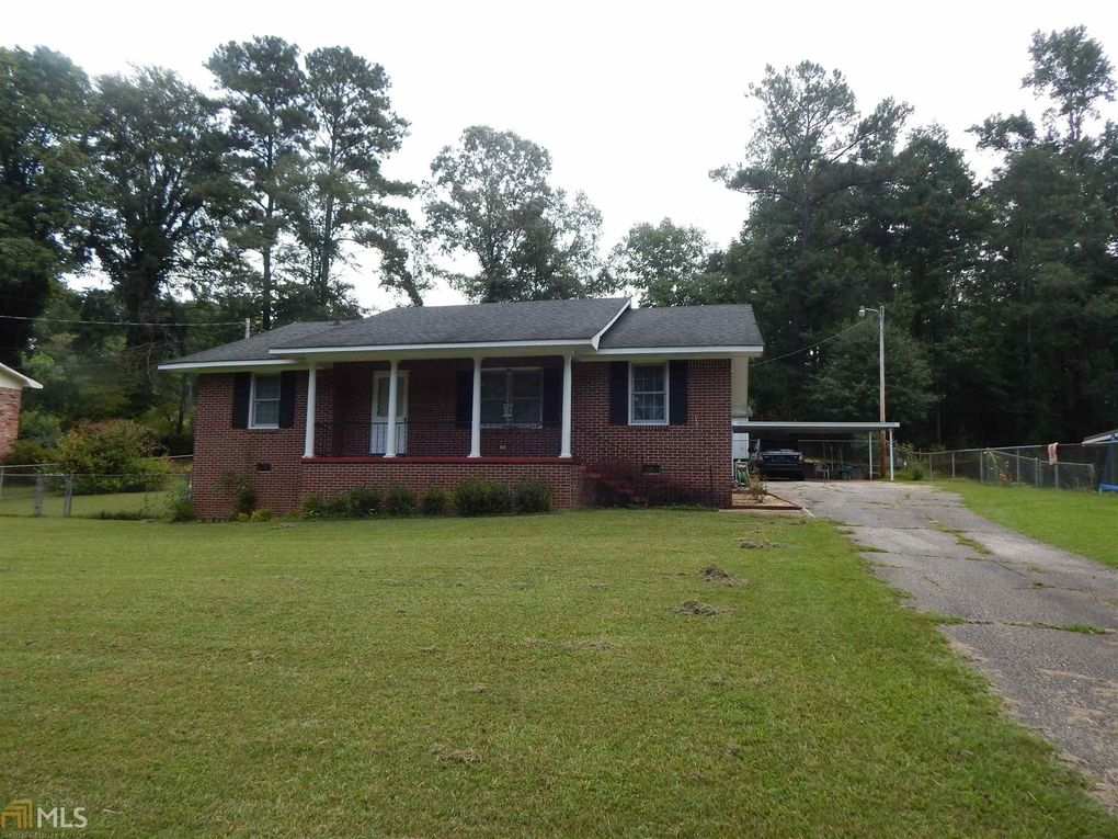 254 E Lakeview Dr, Lagrange, GA 30240