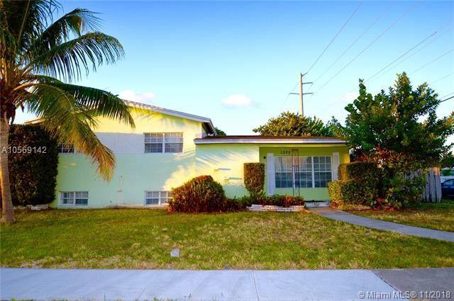 1375 Ne 136th St, North Miami, FL 33161
