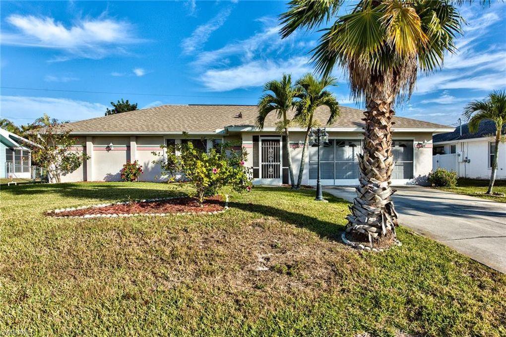 8409 Tahiti Rd, Fort Myers, FL 33967